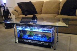 aquarium-bentuk-meja-bagus-eksotis